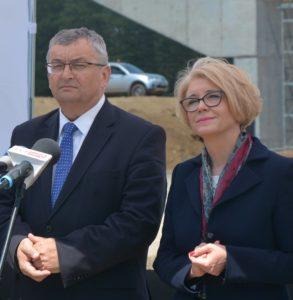 Minister Andrzej Adamczyk i Wiceminister Marzena Machałek