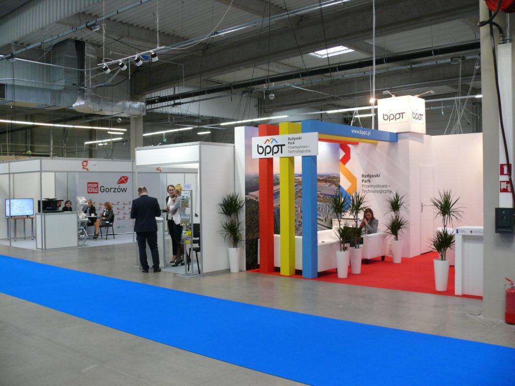 Kamiennogórska SSEMP na II Targach Terenów Inwestycyjnych w Nadarzynie
